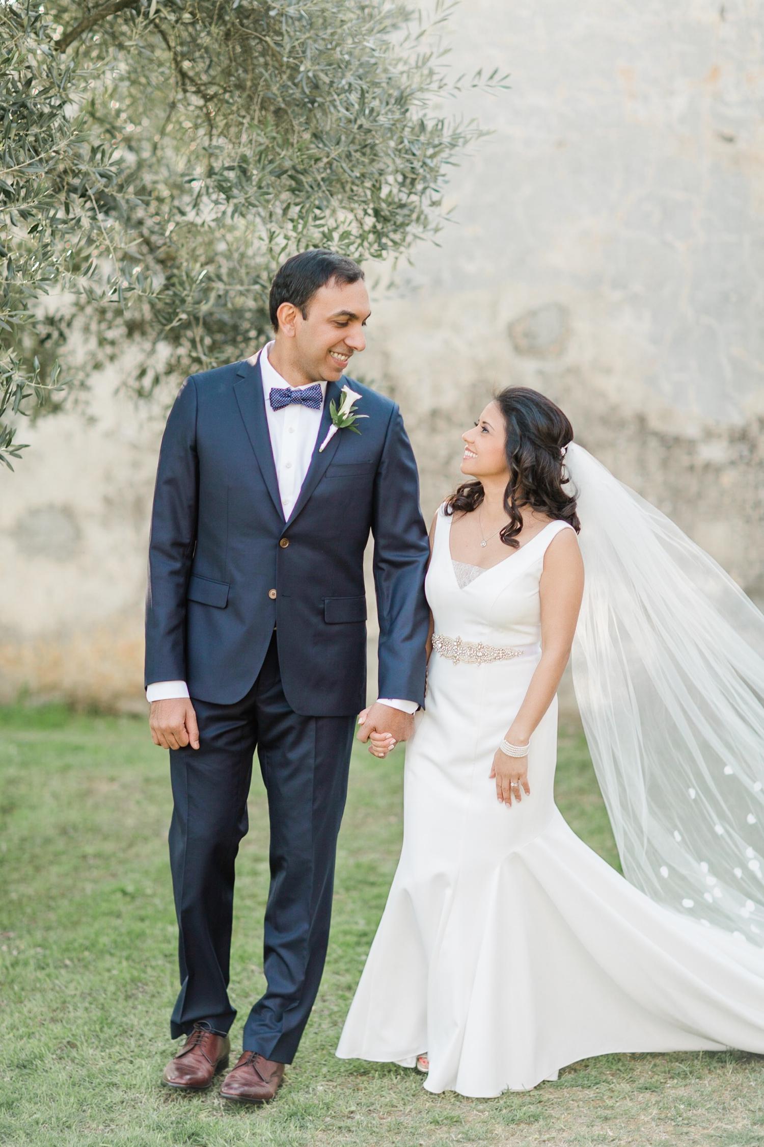 fine-art-film-florence-italy-wedding-photographer-villa-medicea-di-lilliano_3274.jpg