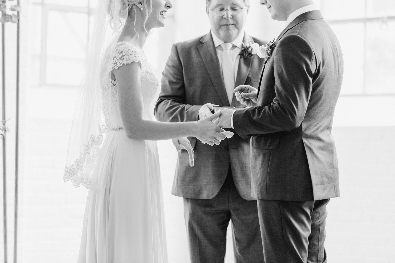 southern-bleachery-greenville-south-carolina-wedding-photography_3843.jpg