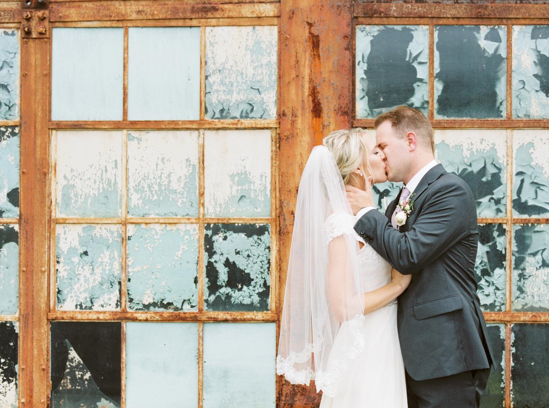 southern-bleachery-greenville-south-carolina-wedding-photography_3859.jpg