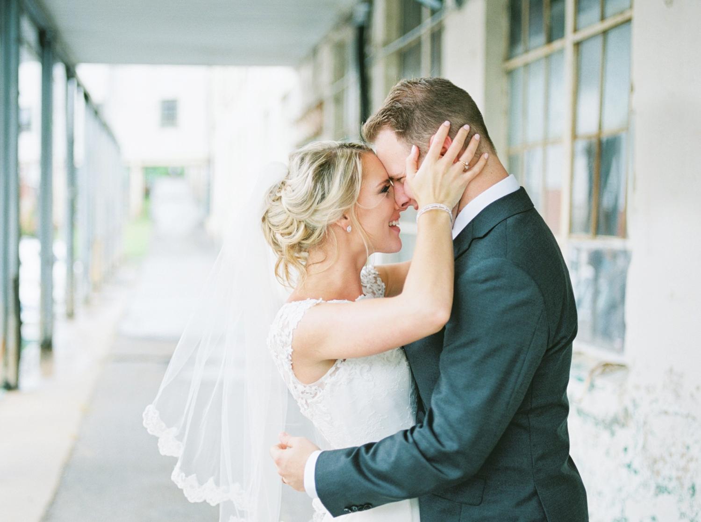 southern-bleachery-greenville-south-carolina-wedding-photography_3875.jpg
