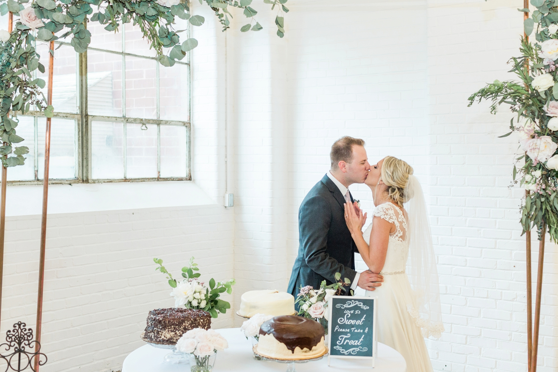 southern-bleachery-greenville-south-carolina-wedding-photography_3884.jpg