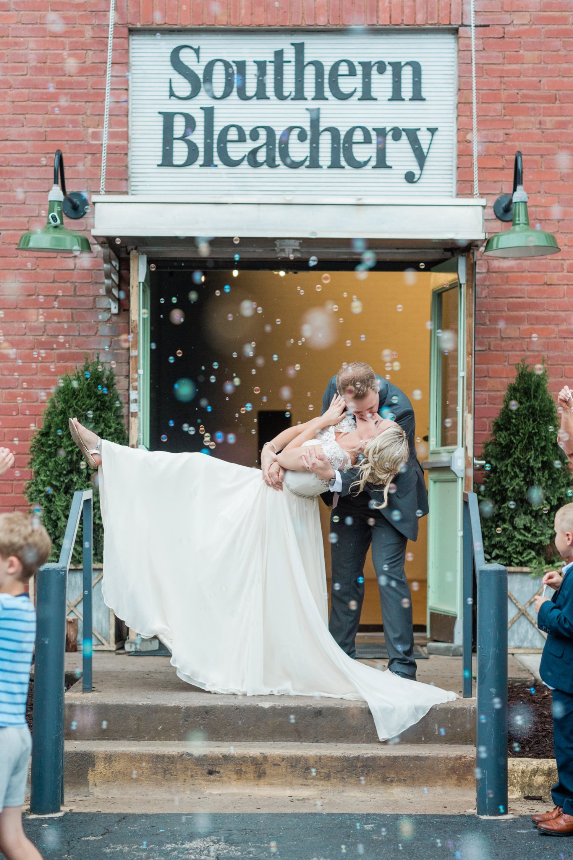 southern-bleachery-greenville-south-carolina-wedding-photography_3893.jpg