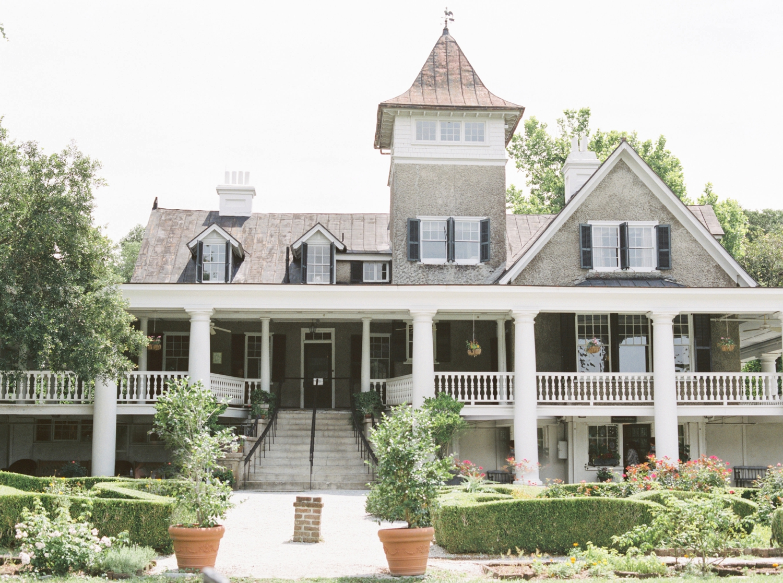 Charleston-South-Carolina-Beautiful-Film-Wedding-Photographer-Magnolia-Plantation-and-Gardens-Wedding-Photos_5090.jpg