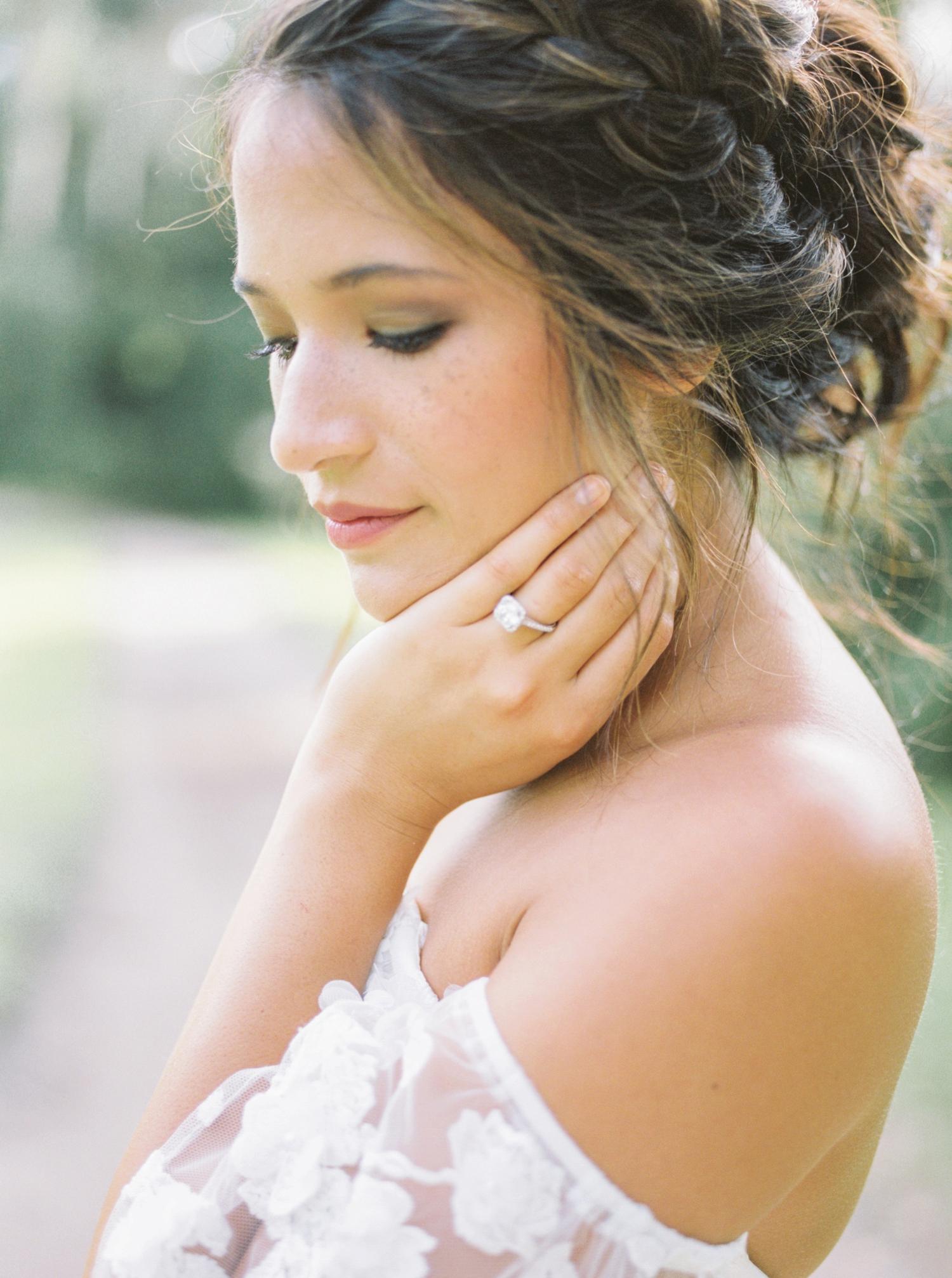 Charleston-South-Carolina-Beautiful-Film-Wedding-Photographer-Magnolia-Plantation-and-Gardens-Wedding-Photos_5126.jpg