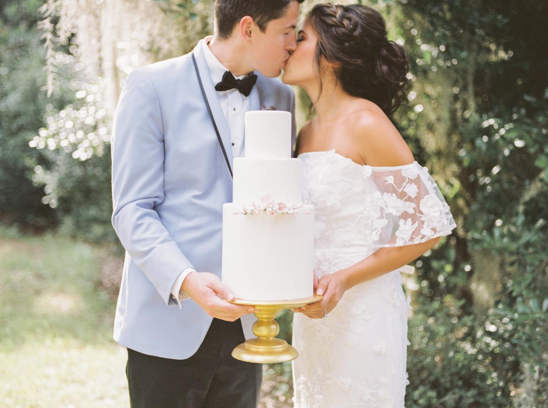Charleston-South-Carolina-Beautiful-Film-Wedding-Photographer-Magnolia-Plantation-and-Gardens-Wedding-Photos_5128.jpg