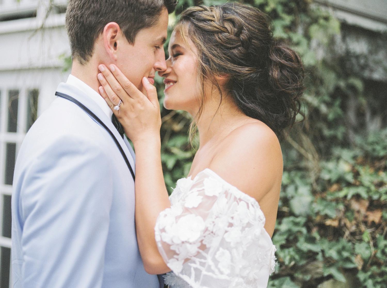Charleston-South-Carolina-Beautiful-Film-Wedding-Photographer-Magnolia-Plantation-and-Gardens-Wedding-Photos_5138.jpg