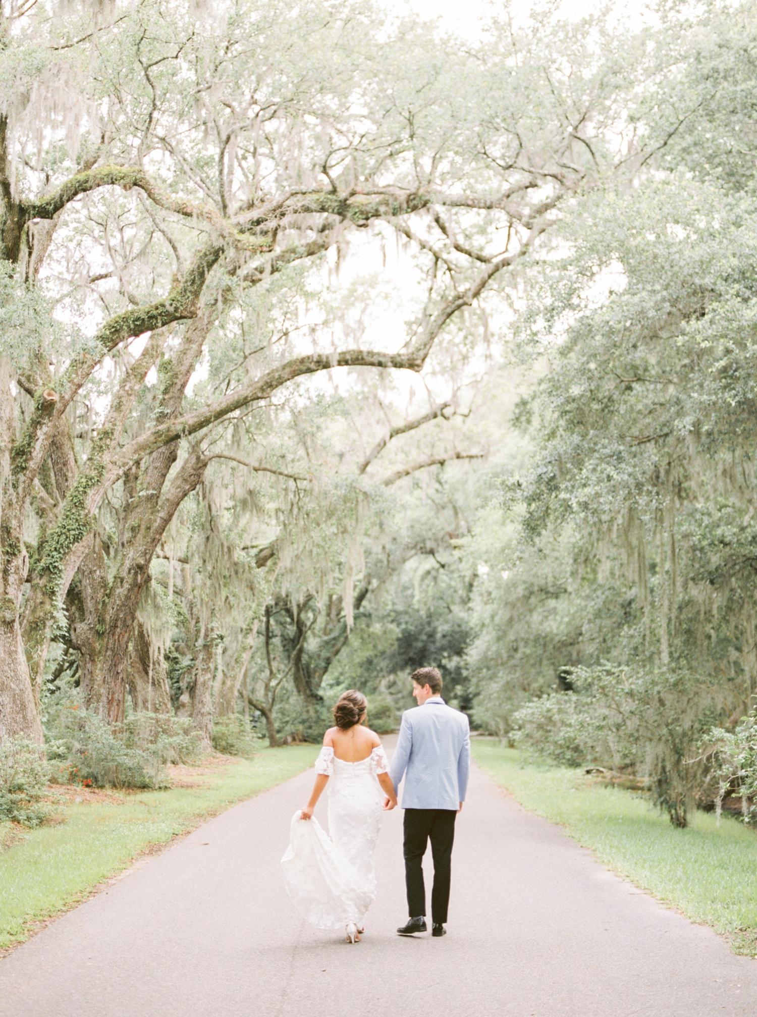 Charleston-South-Carolina-Beautiful-Film-Wedding-Photographer-Magnolia-Plantation-and-Gardens-Wedding-Photos_5141.jpg