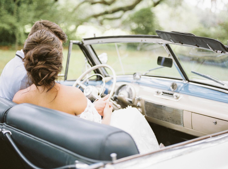 Charleston-South-Carolina-Beautiful-Film-Wedding-Photographer-Magnolia-Plantation-and-Gardens-Wedding-Photos_5148.jpg