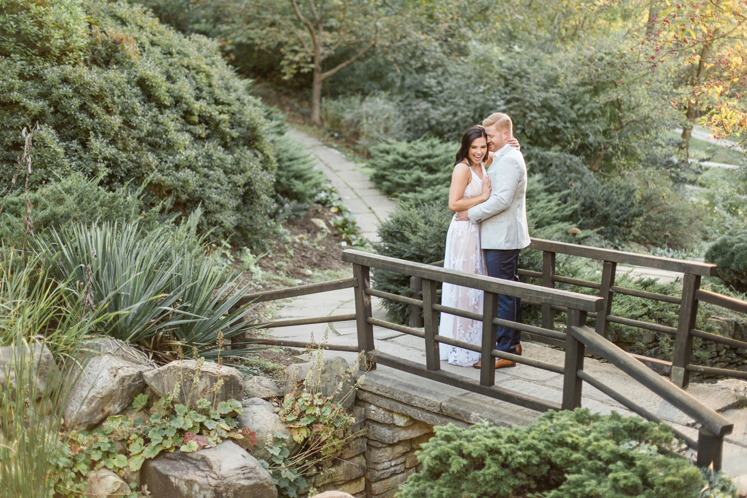 Indianapolis-Indiana-Engagement-Photographer-Newfields-Wedding-Photography_5265.jpg