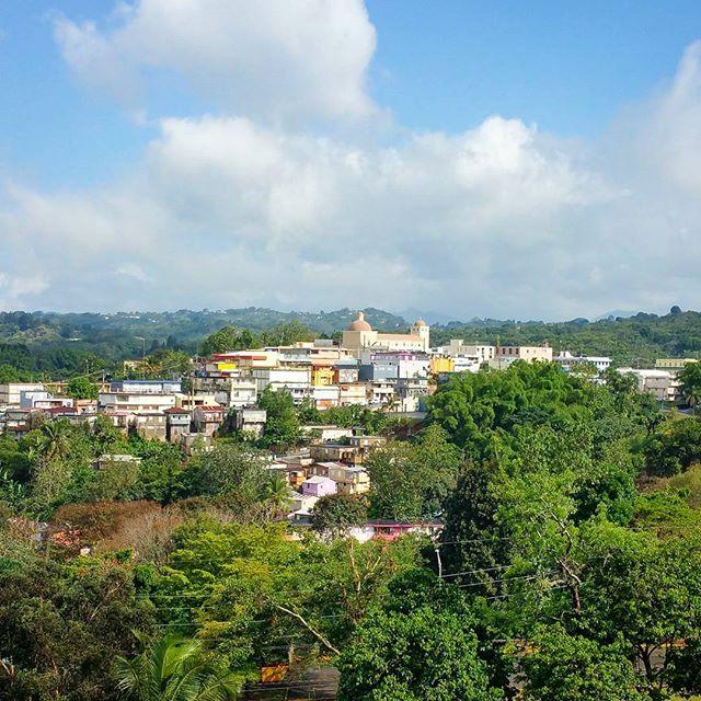"""Grabando en #Lares, """"Ciudad de los cielos abiertos"""". #tonobicicleta #documental #puertorico #historia #elforajido"""