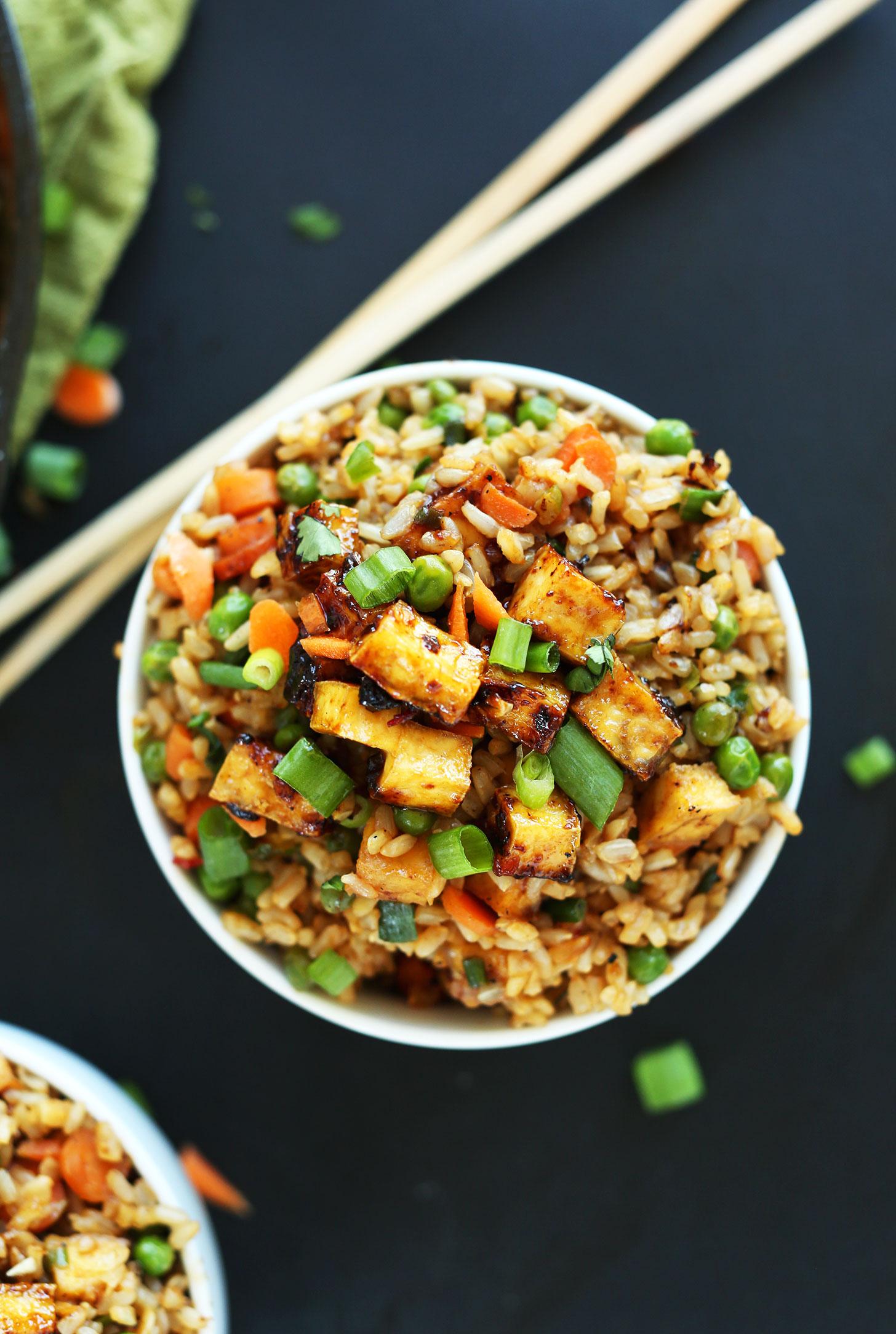 El tofu es delicioso gracias a  Minimalist Baker
