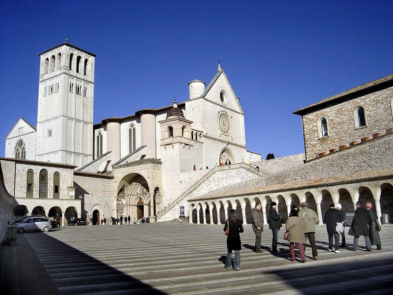 basilica_in_assisi_large.jpg