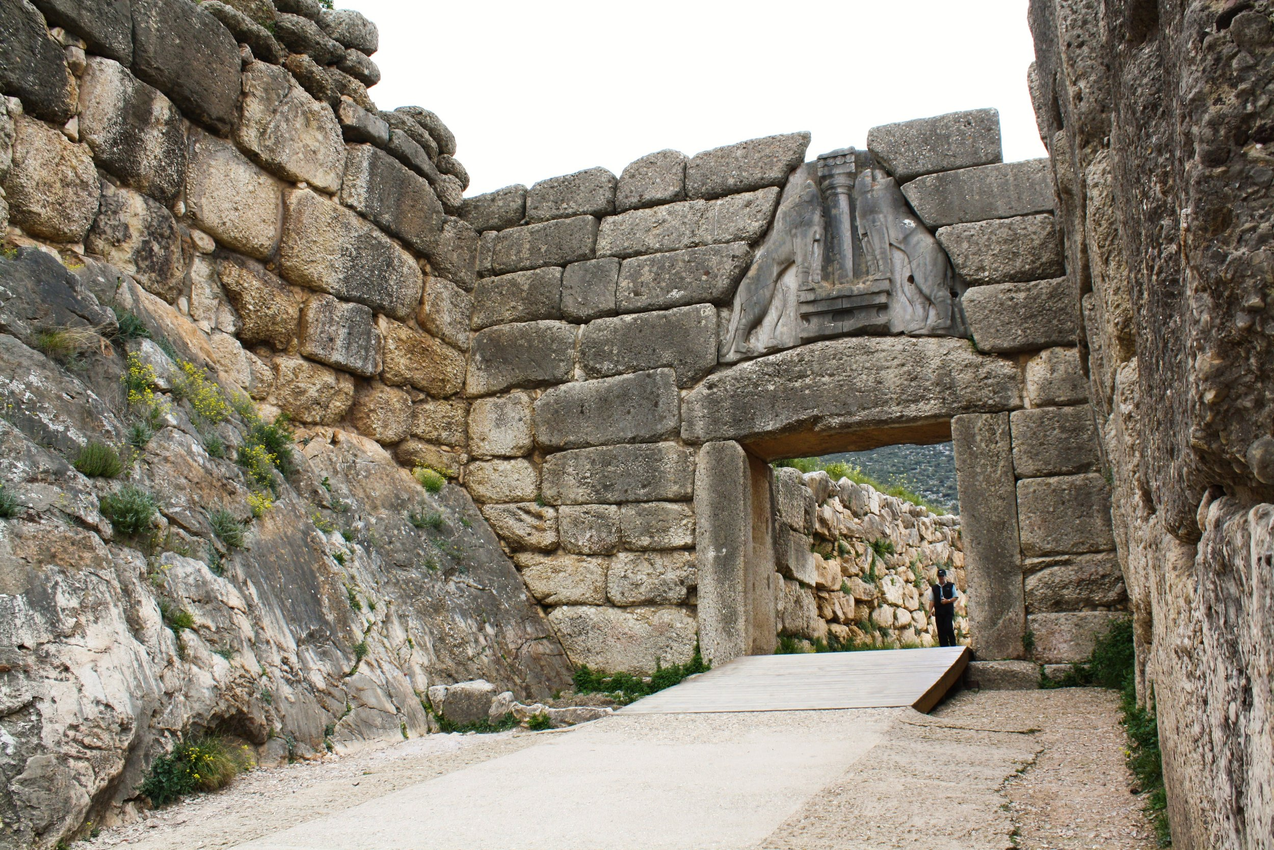 the lion gate of mycenae