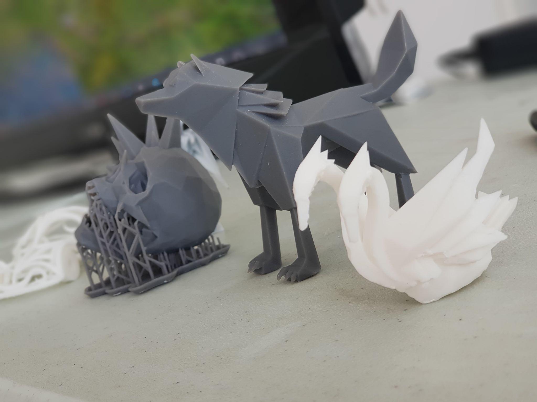 3d prints swan.jpg