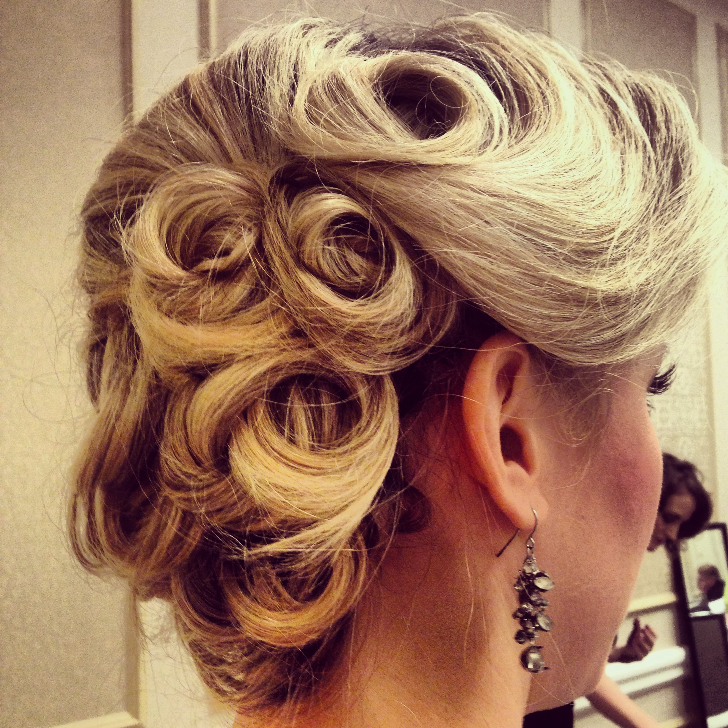 Just Some Great 1940s Hair