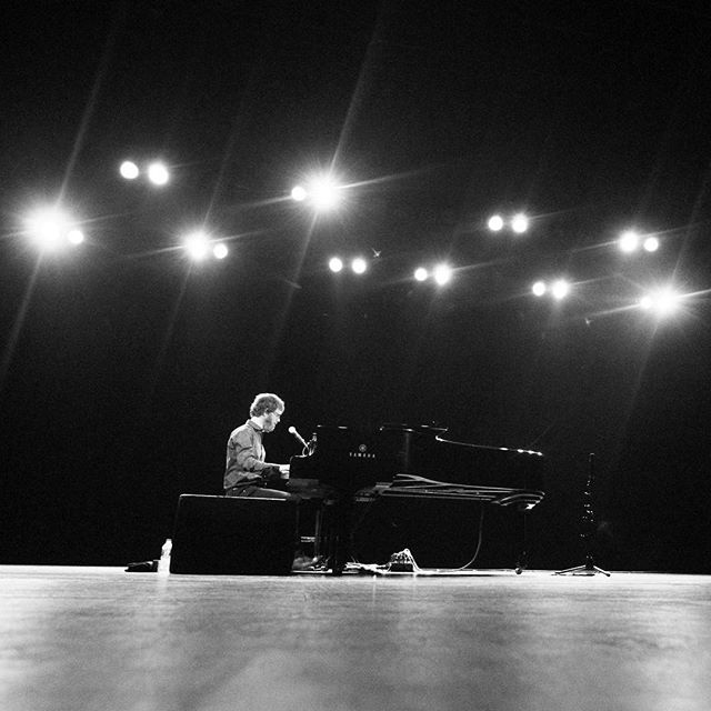 Ben Folds and a piano at the Riverside Theater last night. • • • • • #music #livemusic #live #concert #liveconcert #concertphotography #concertphotos #concertphotographer #concertphoto #milwaukee #mke #milwaukeehome #mkemycity #mkemycity #instagood #instagram #instaday #picoftheday #instagood #andrewmcmahon #benfolds #piano #pianoman #rocknroll #jazz #acoustic #photo #photography