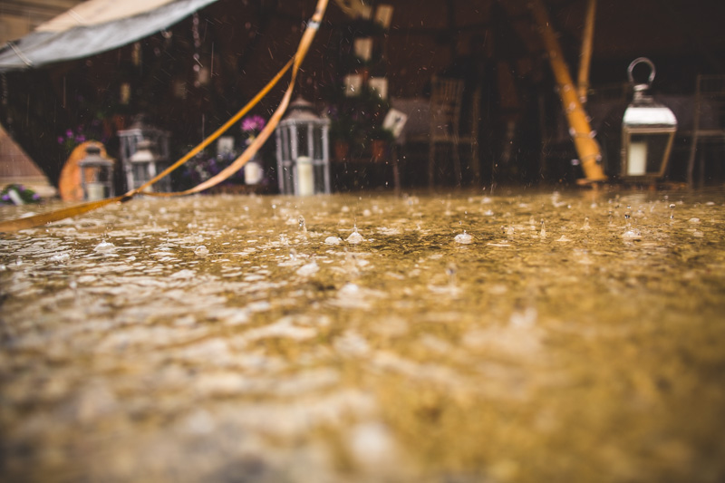 wet-wedding-12.jpg