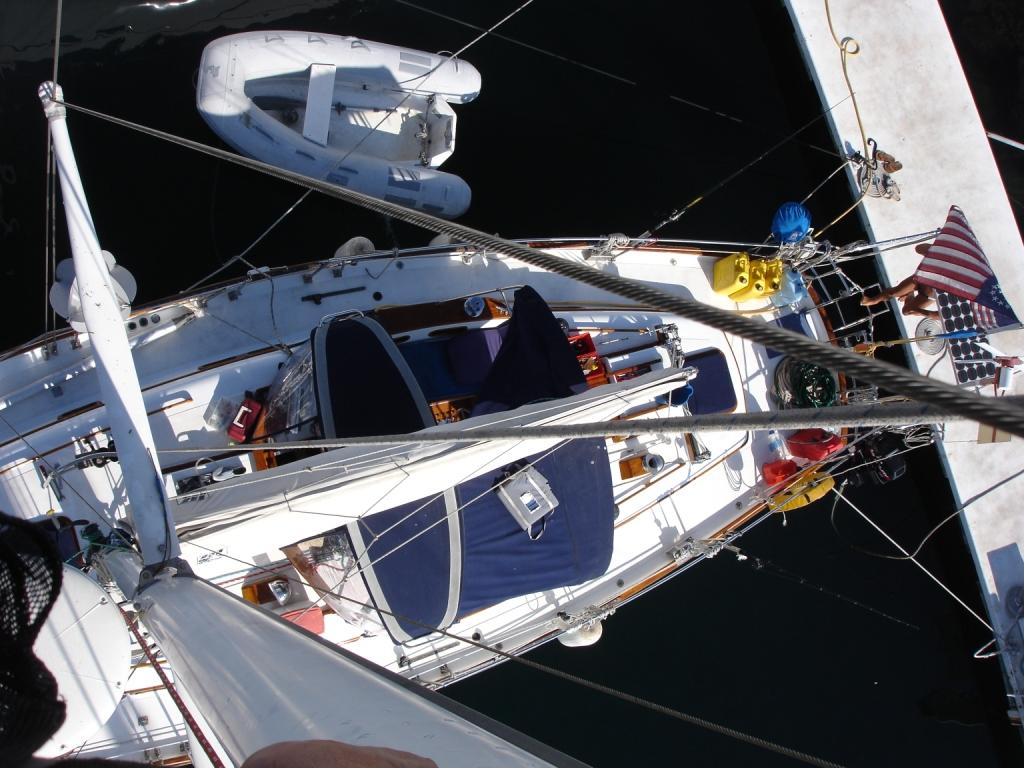 up the mast 003.JPG