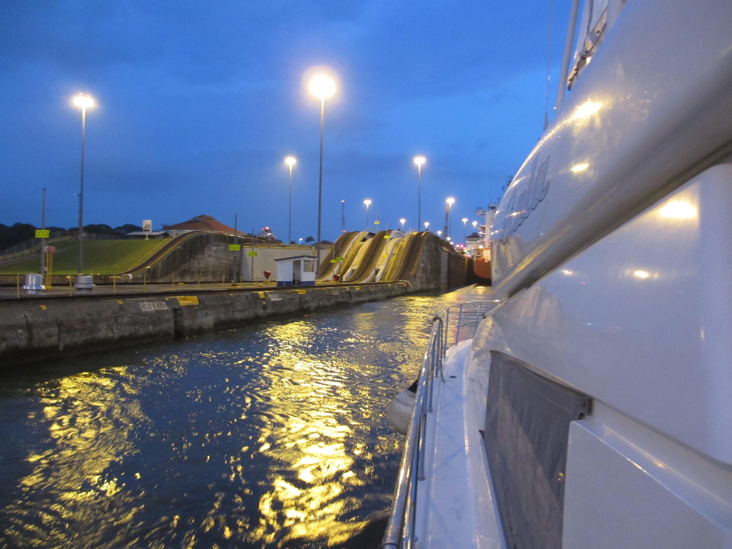 Panana Canal at night
