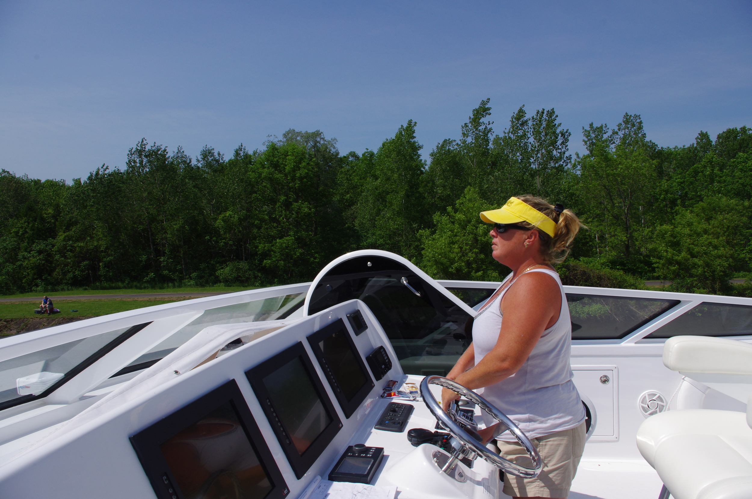 Transiting the Eerie Canal on a Hatteras 72'