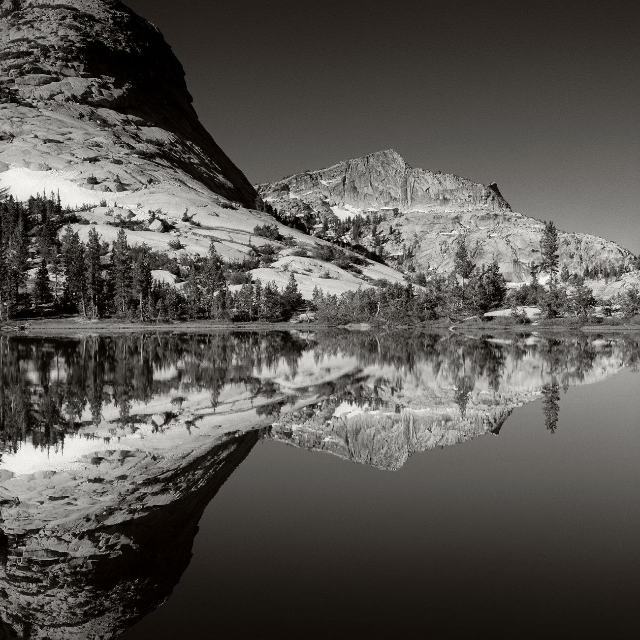 Yosemite_Cathedral_Lake_2.jpg