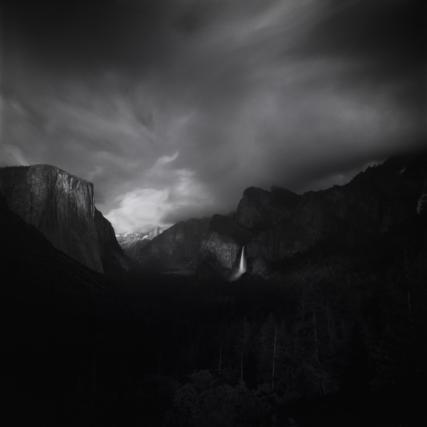 Amongst the Crowd, Yosemite Tunnel View 2019.   Hasselblad Flex-Body. 4 minutes F/11, 10-stop ND, Red 25, Polarizer. Ilford Delta 100 film developed in Kodak X-tol.