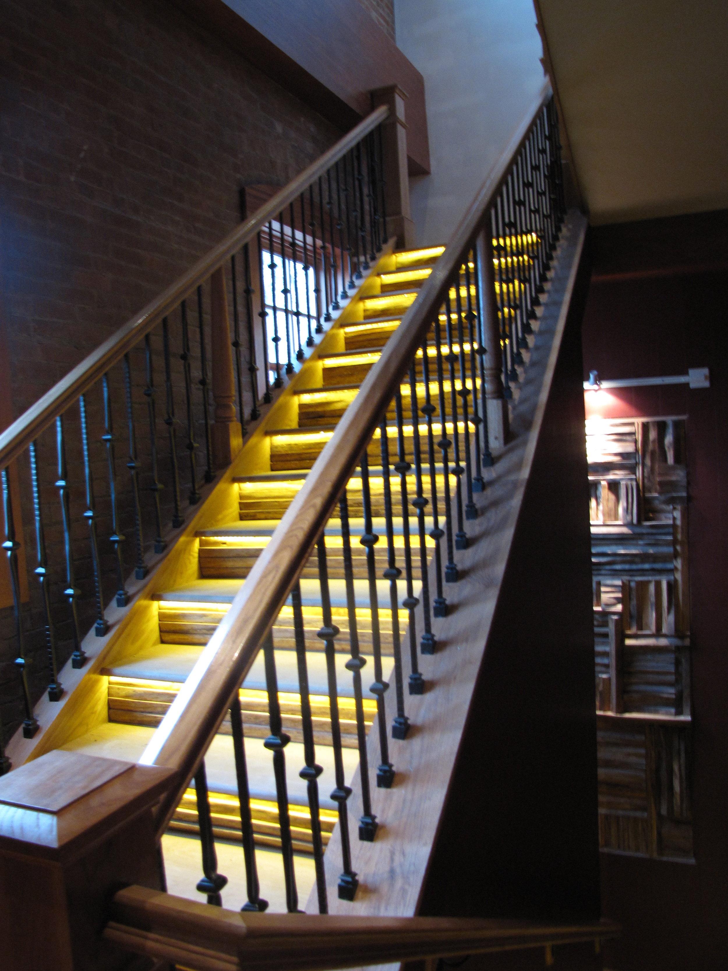 natirar underlit stairs angle.JPG