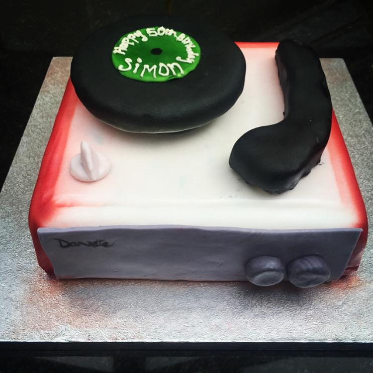 "A ""Dansette"" inspired Record Player cake"