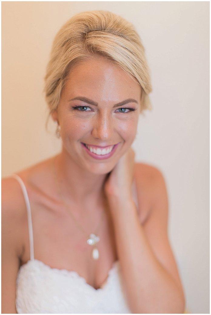 Elegant bridal portraits of gorgeous bride at Tiffany Blue Wedding #psjbride