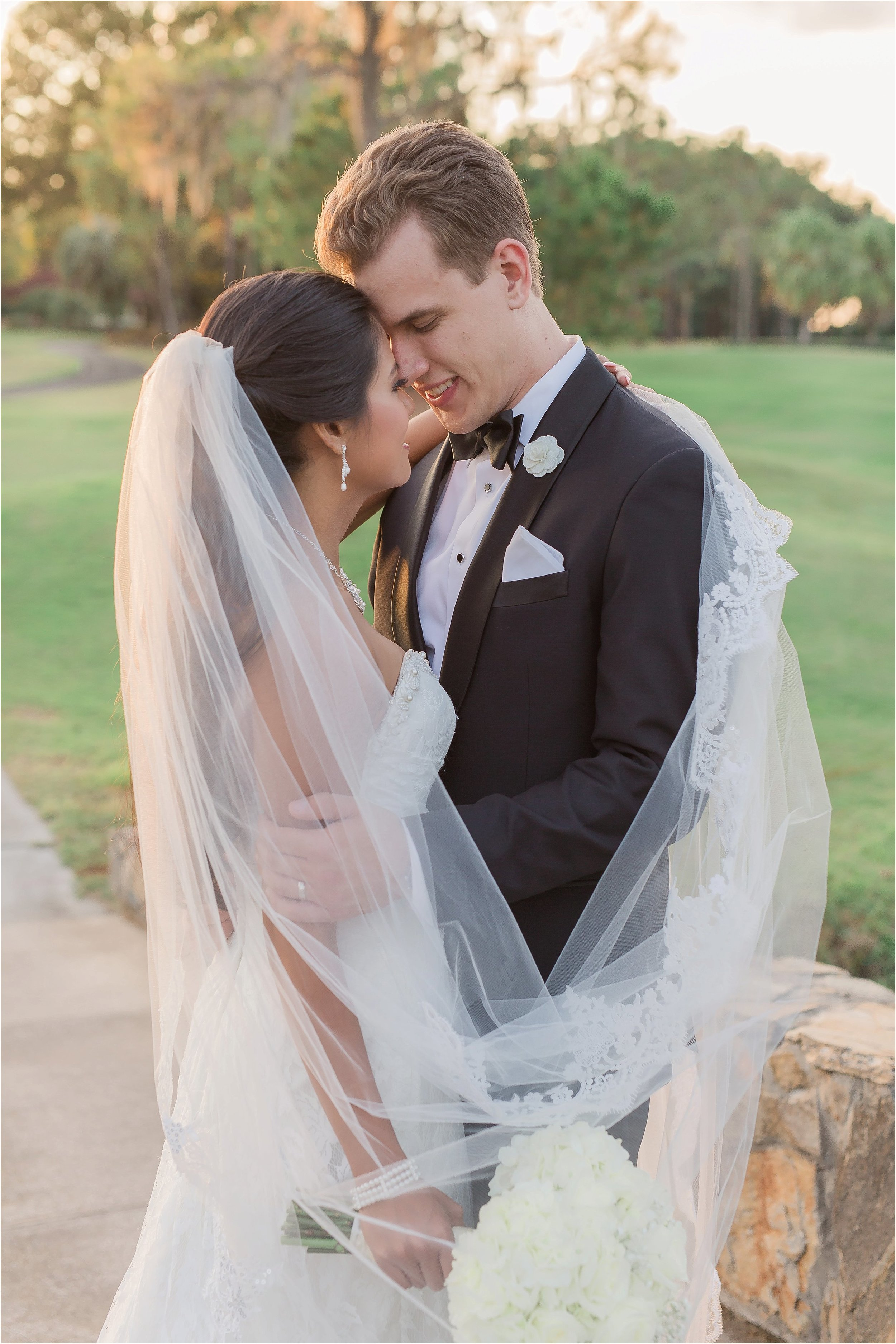 Gorgeous Lighting and Romantic Bride and Groom Portraits