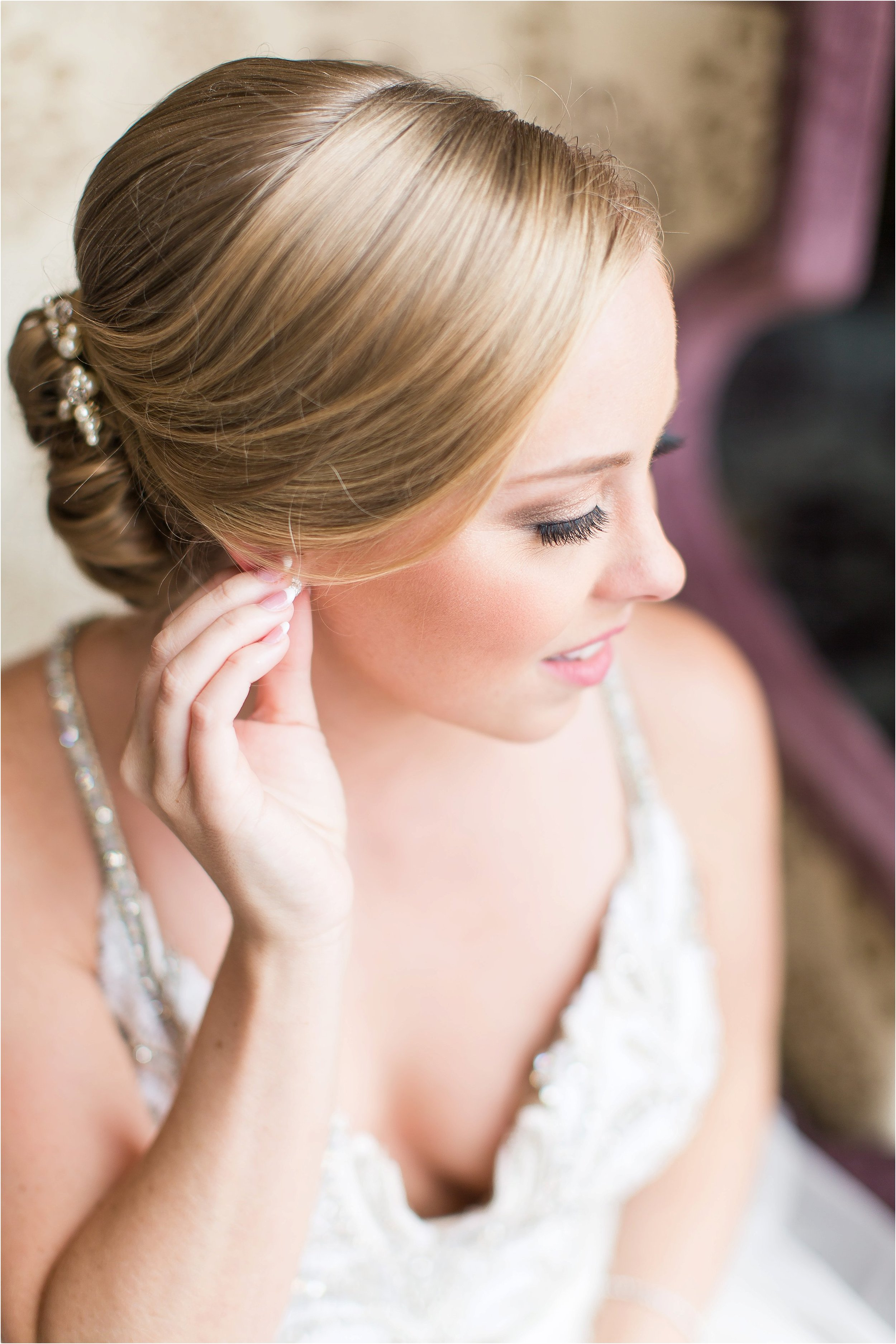 Hayley Paige wedding gown getting ready moments at Bonnet Creek Wedding by PSJ Photography