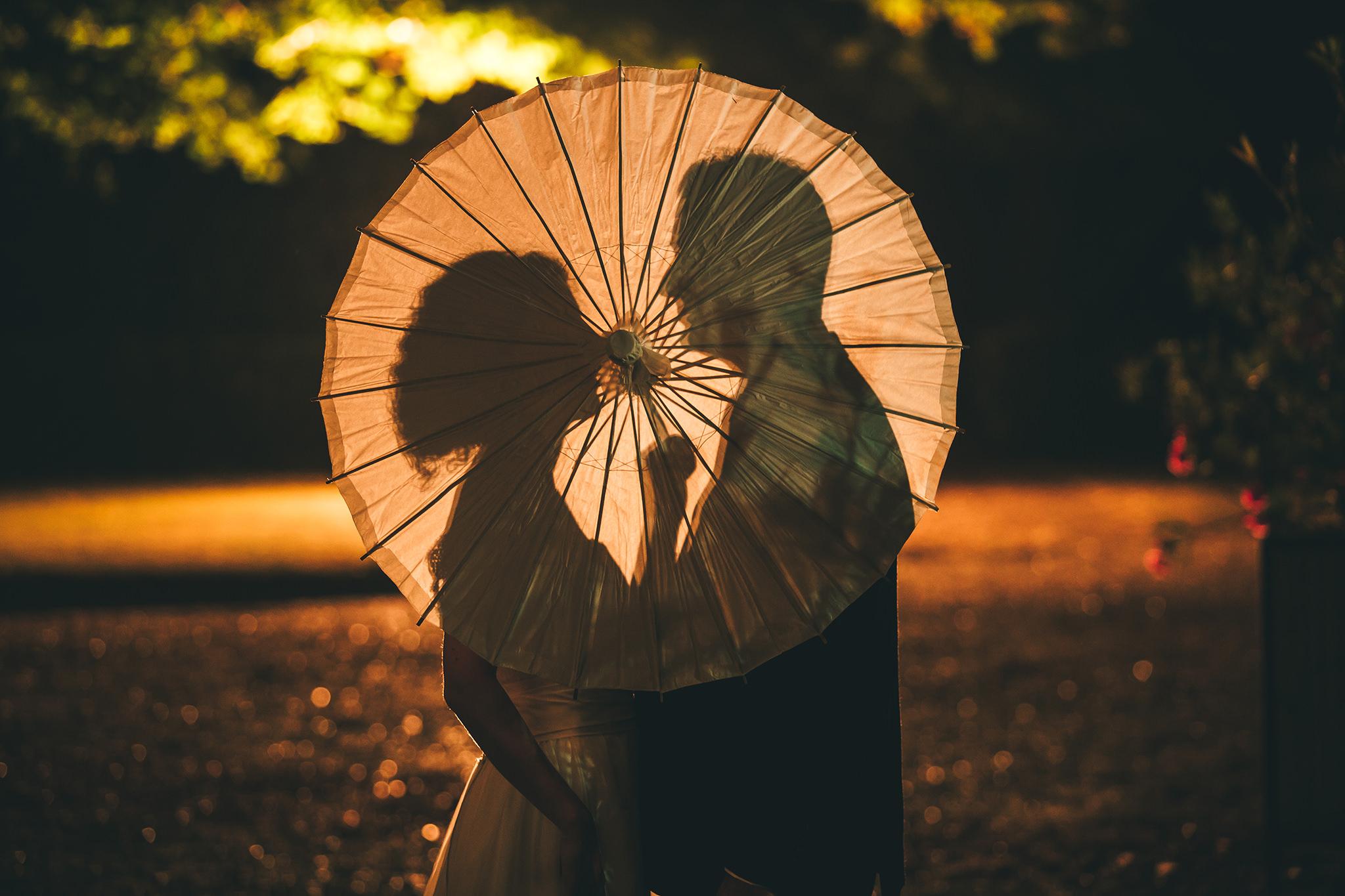 Ombres chinoises mariés