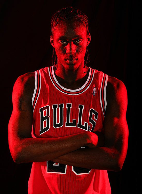 Tony-Snell-looks-really-cool.-Brian-Babineau-NBAE-Getty-Images.jpg