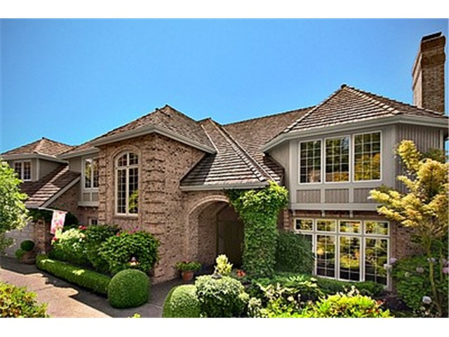 SE 82nd Street, Mercer Island  Sold for $1,825,000    Represented the Buyer    5 BD | 4.25 BA | 85 DOM