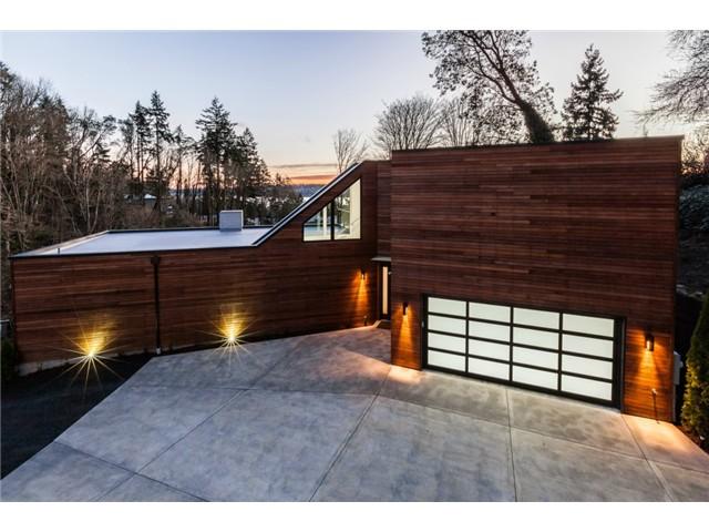 6520 NE 129th St, Kirkland                Sold for $2,008,000   Represented the Buyer  5 BD | 2.75 BA