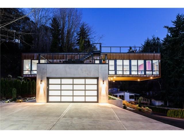 6530 NE 129th Street, Kirkland             Sold for $2,205,000   Represented the Buyer  4 BD | 3.75 BA | 17 DOM