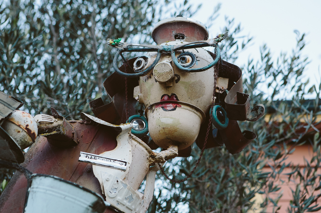 Check out the detail, the forks in the glasses, the gear cog eye, the sprinkler nose...