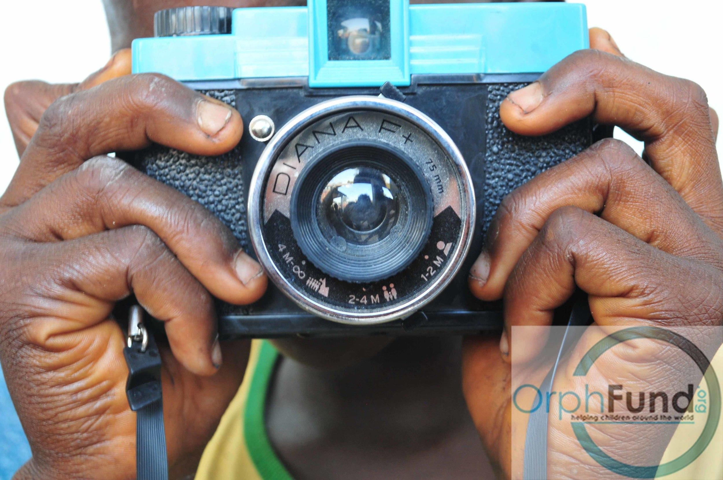 13 Alusines camera close up colour copy.jpg