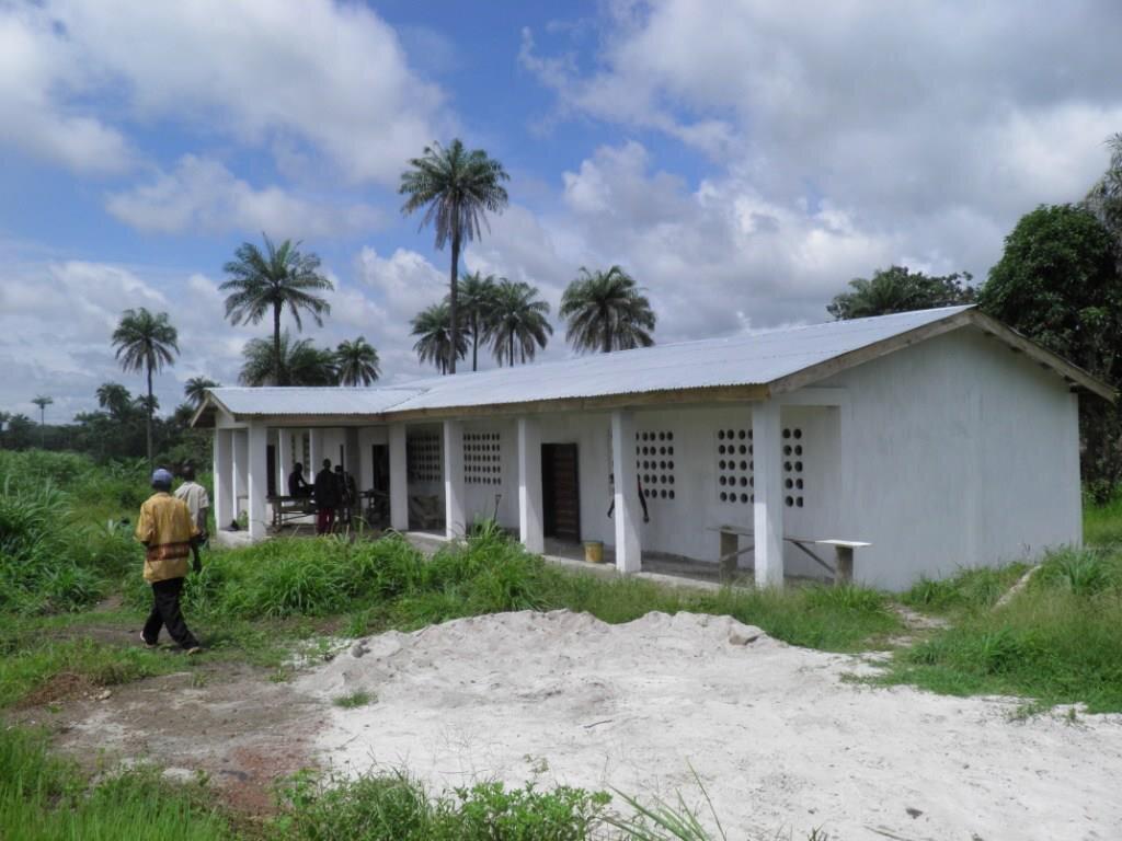 Kamakwie School.jpg