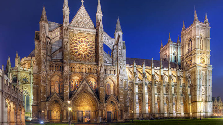 Westminster-Abbey-At-Night-720x404.jpeg