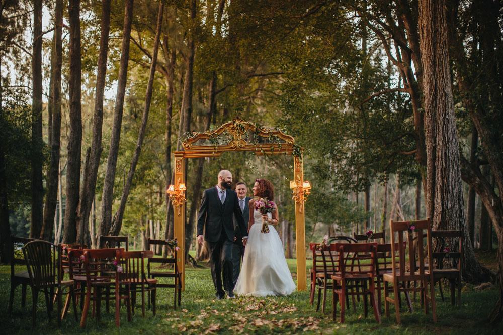 gold coast brisbane wedding photographer wedding albums finch and oak paul bamford24.jpg