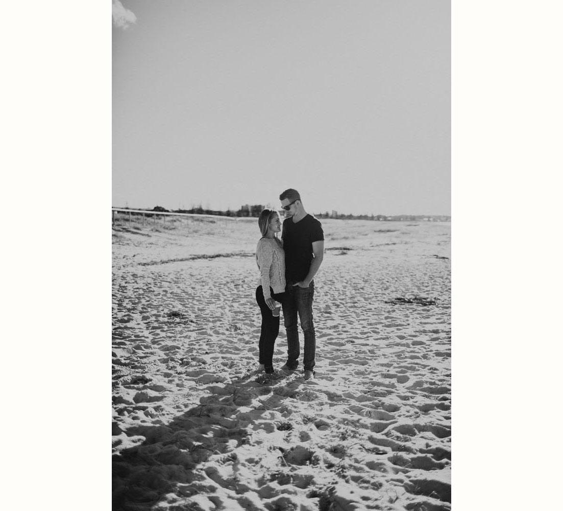 008 gold coast wedding photography beach.jpg