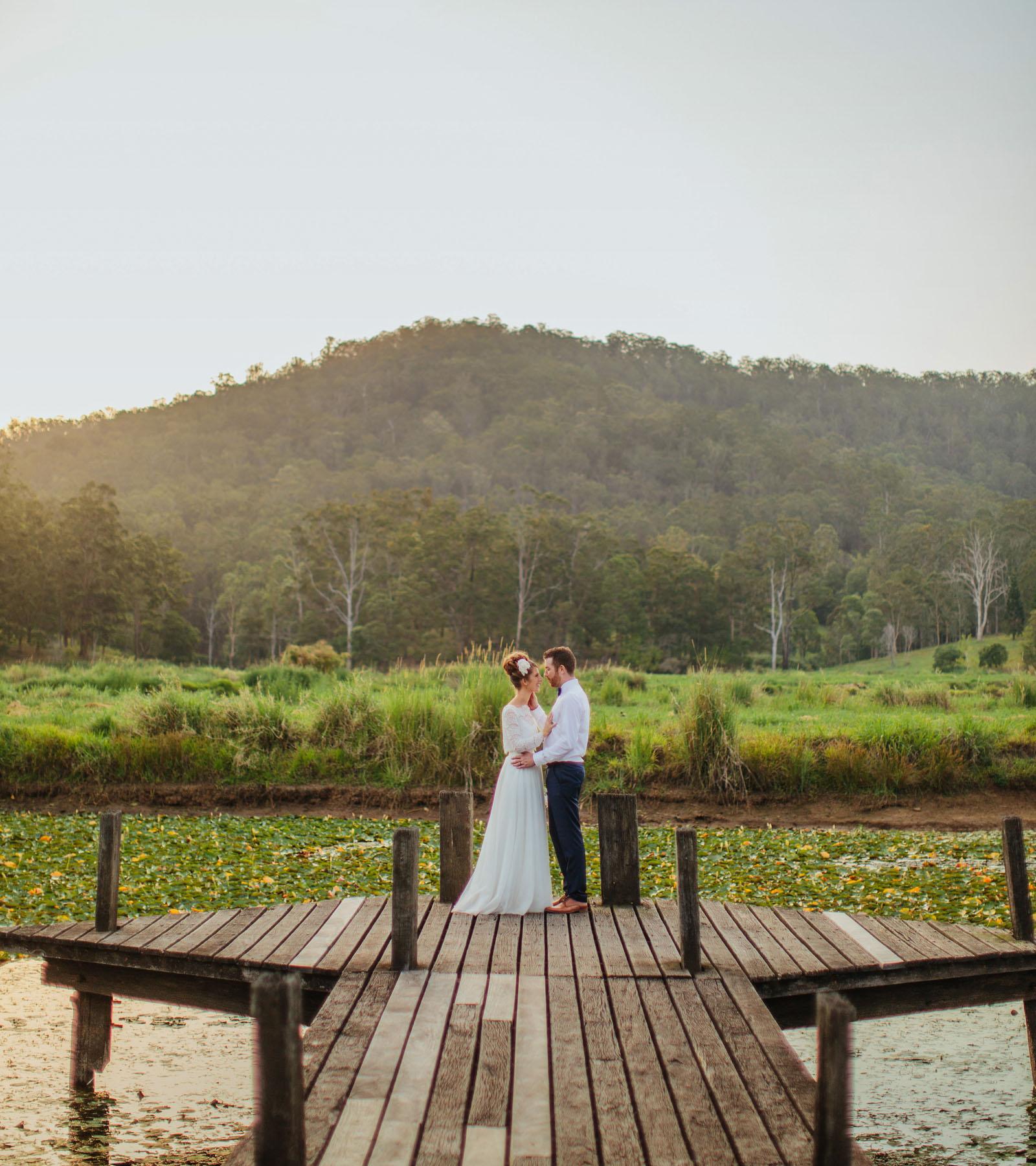 23_midginbill hill wedding .jpg
