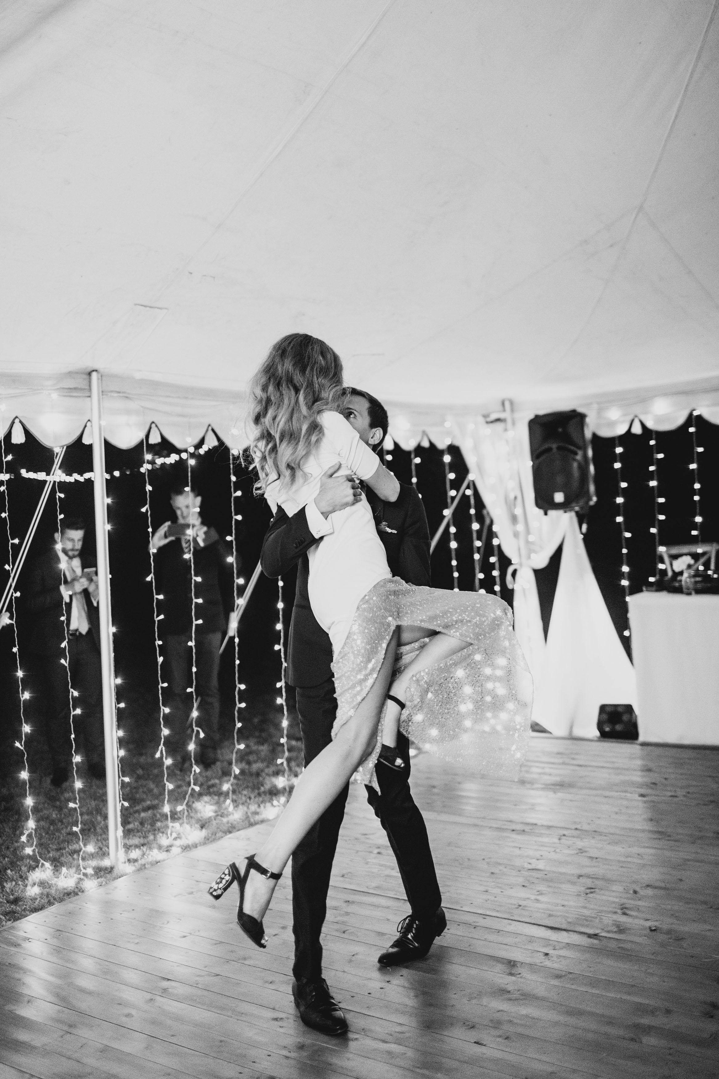 126_hunter_valley_wedding_photography_redleaf_paul_bamford_finchandoak.jpg