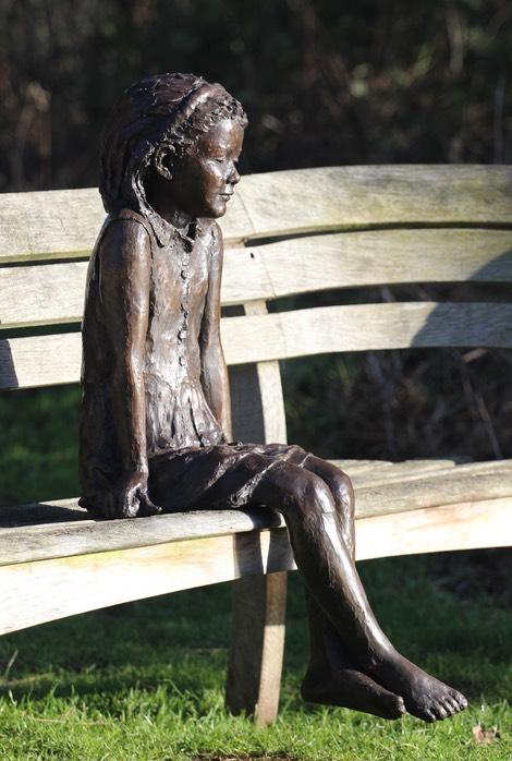 Ellie (sitting girl)