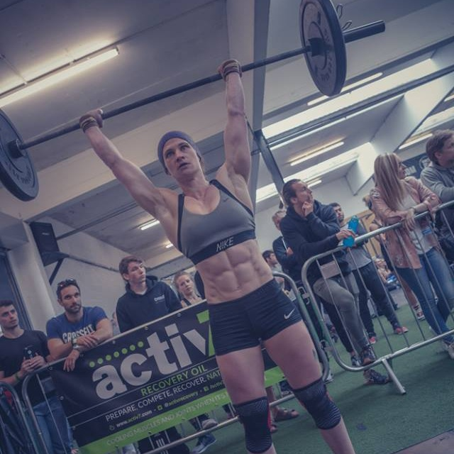 maria-pushpress-crossfit.jpg
