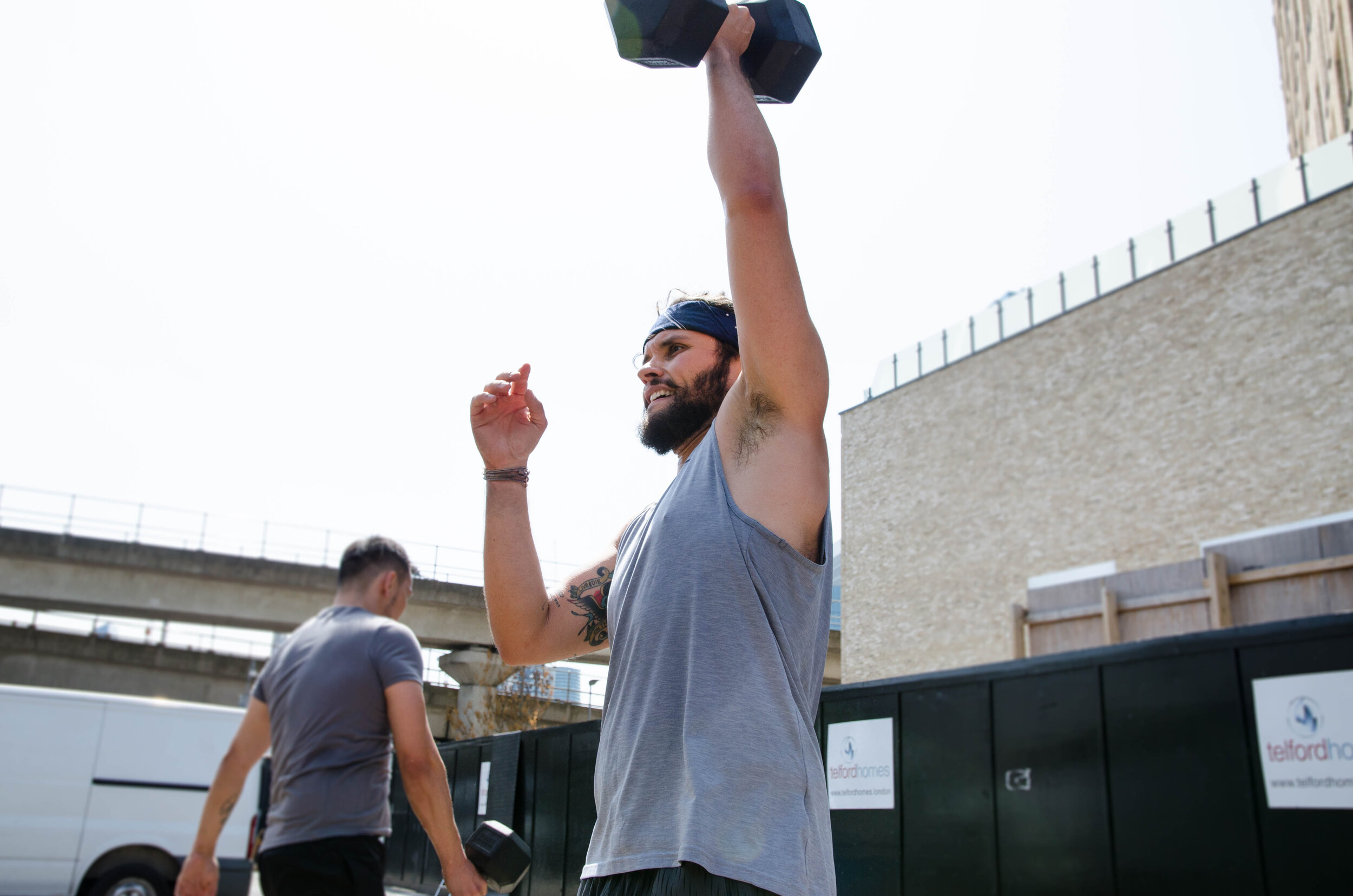 dumbbellsnatch-crossfit.jpg