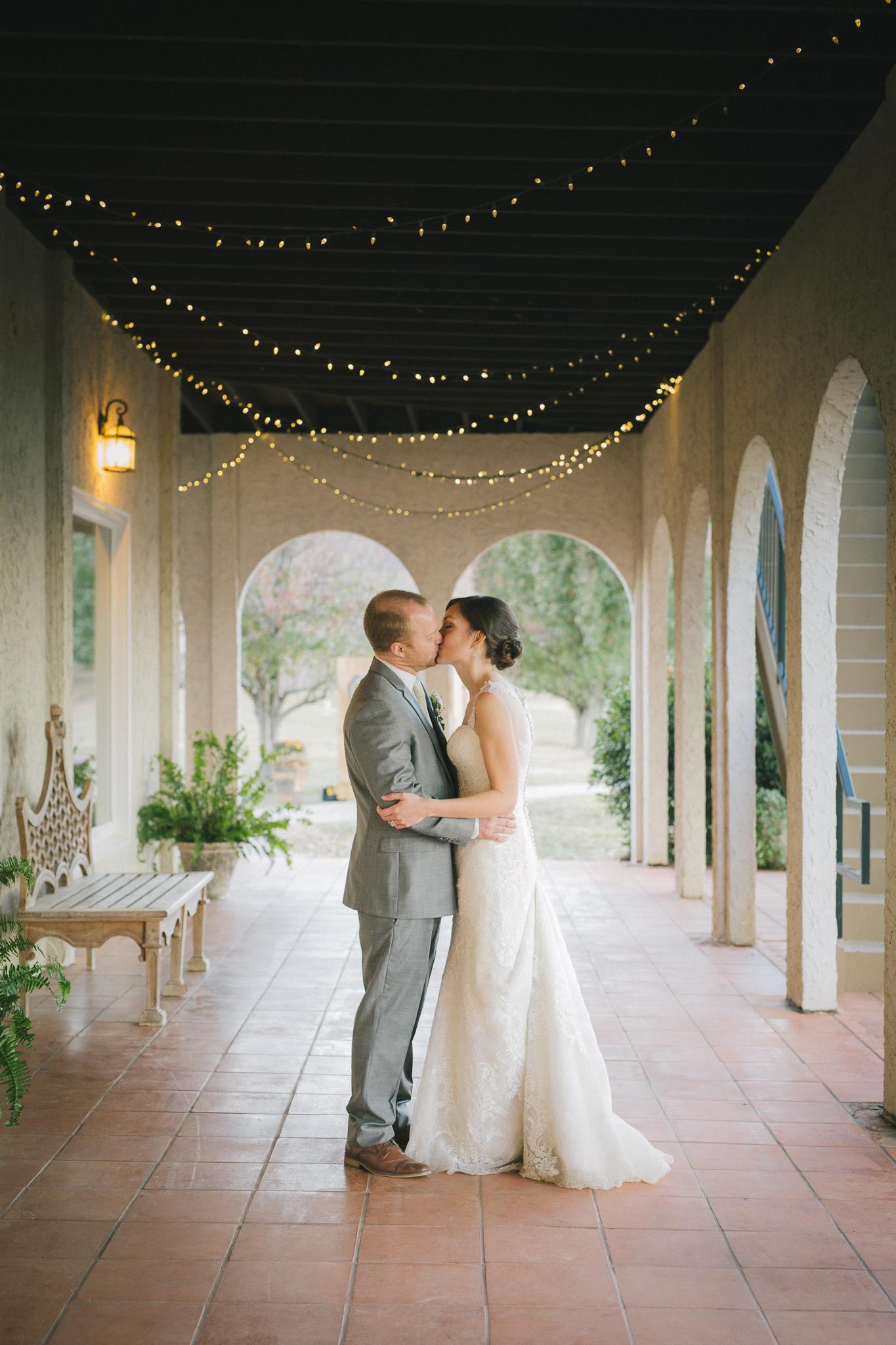 chattanooga-wedding-photographer-inimate-beautiful-tennessee-36.jpg