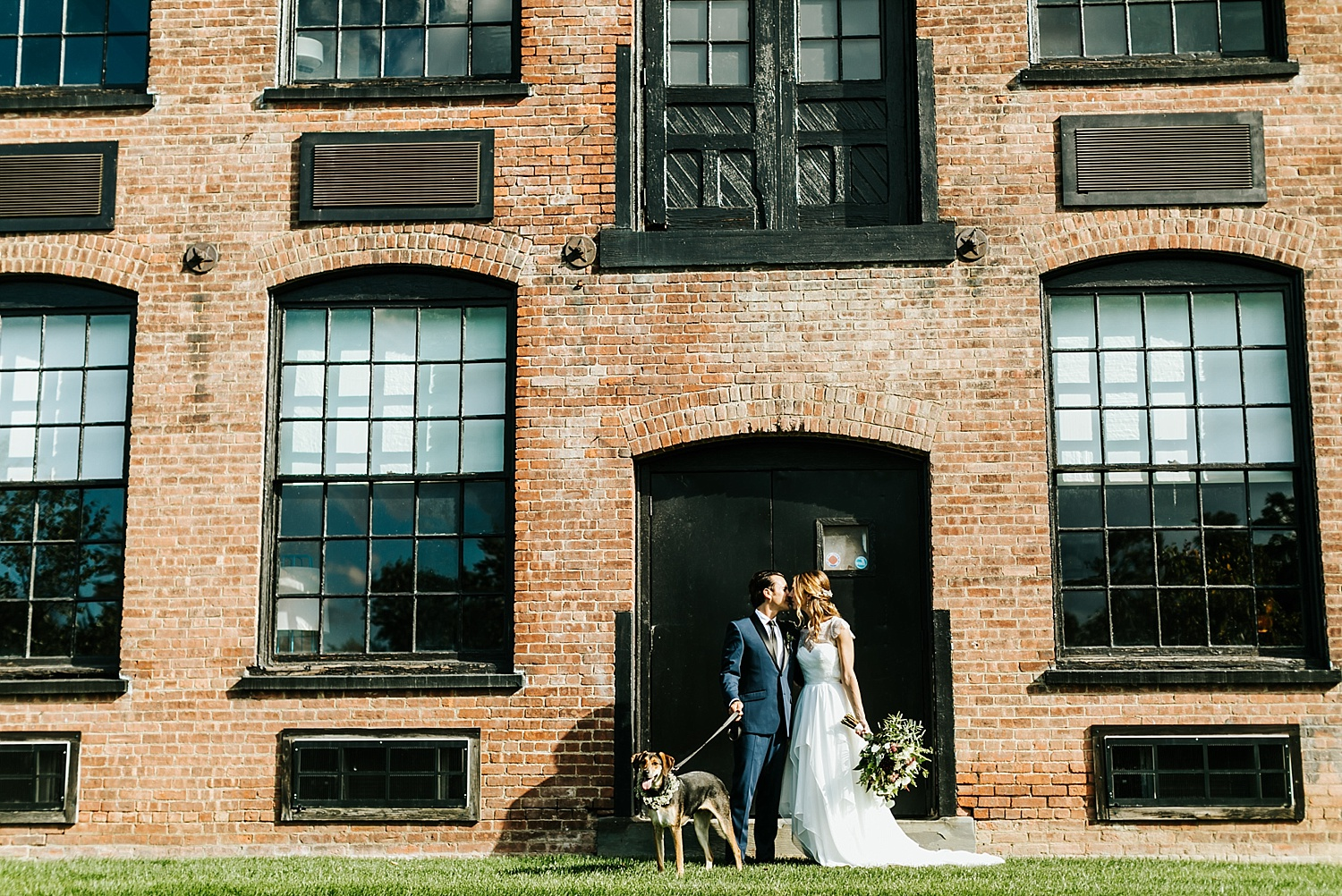 Summer wedding at the roundhouse