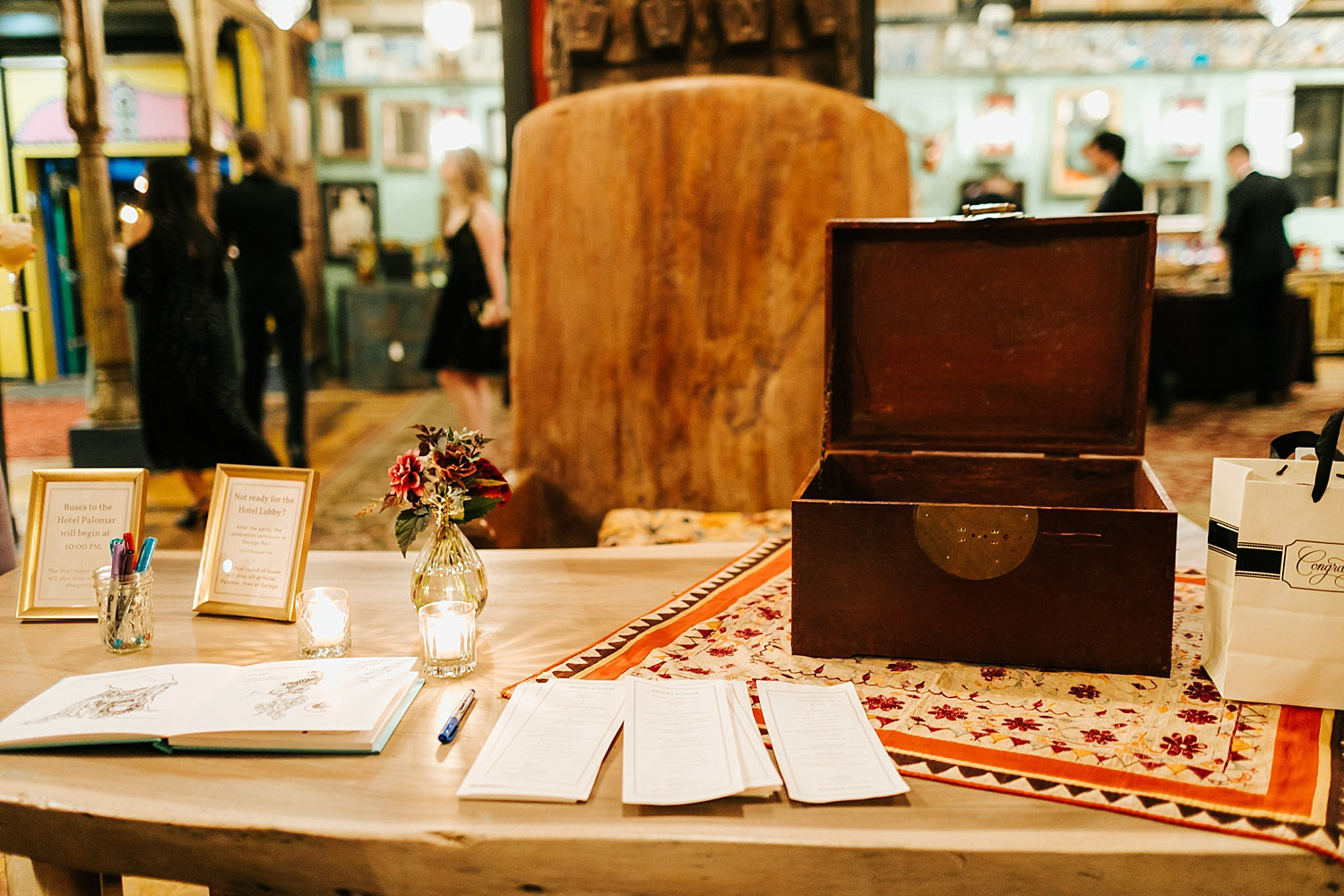 Wedding details at material culture